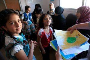 Refugee-Children-696x464